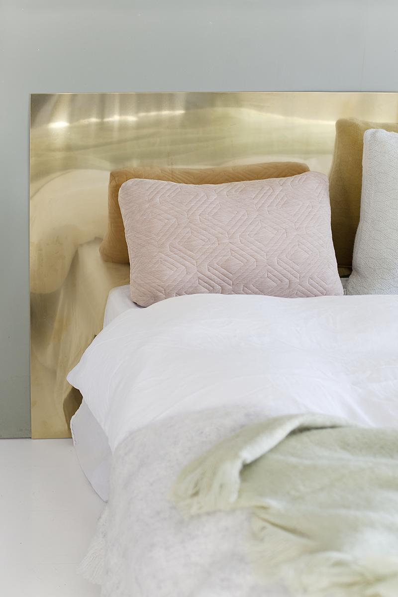 Comment Fabriquer Un Accroche Torchon diy a brass bed headboard | la maison d'anna g. | bloglovin'