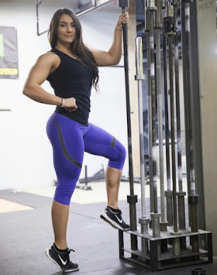 Yoga pants of Brigitte Goudz