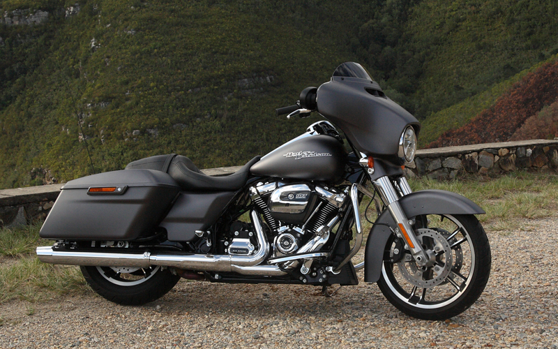 The Satin Black 2017 Harley Davidson Street Glide Special Is Fitted With Harleys Latest Big Twin Engine 107 Milwaukee Eight