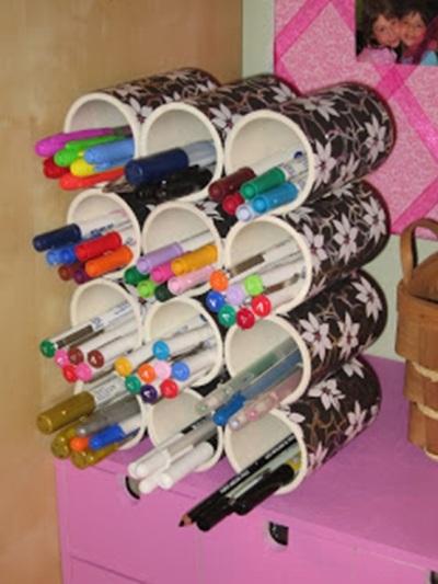 Rak pensil dari pipa PVC (paralon)
