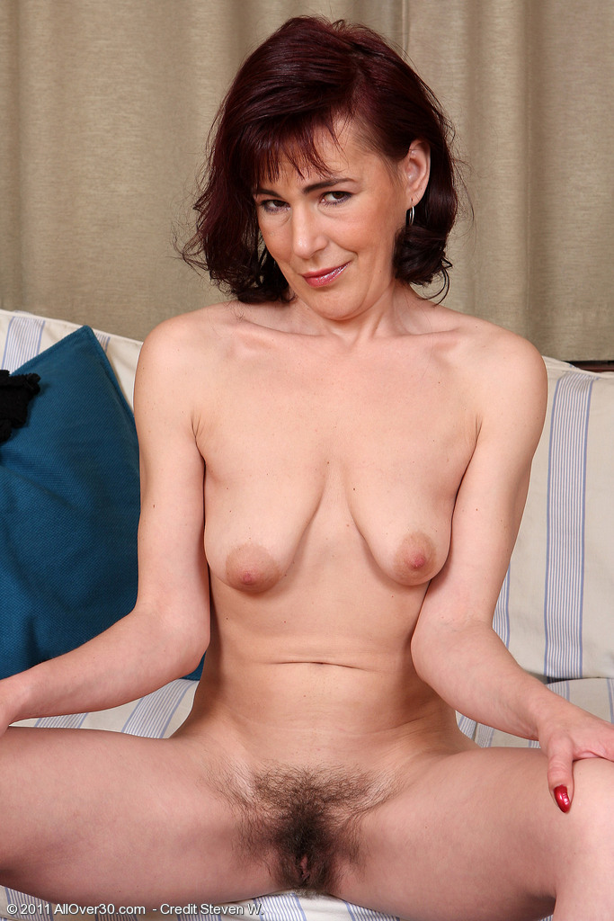 Hairy Mature Gallery 121