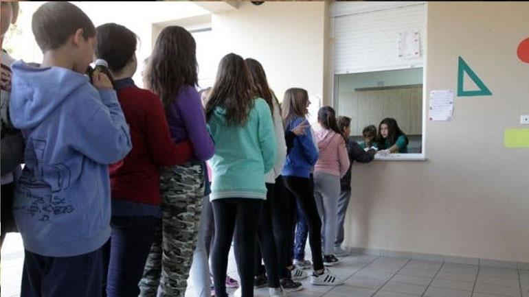 """Αποκαρδιωτικές εικόνες σε σχολεία του Ηρακλείου που καταψήφισε ΣΥΡΙΖΑ- Μαθητές αγοράζουν """"βερεσέ"""" από το κυλικείο!!!"""