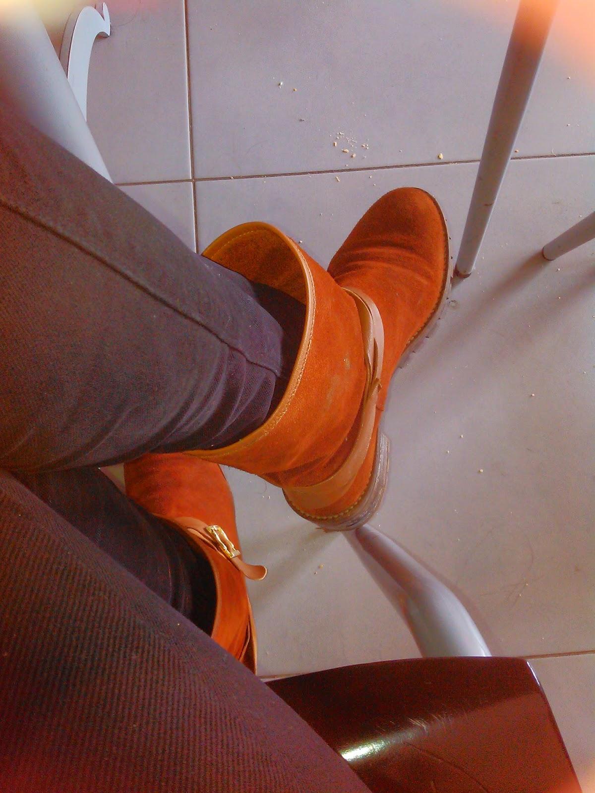 Foot de baixo da mesa - video / top I Sux HD