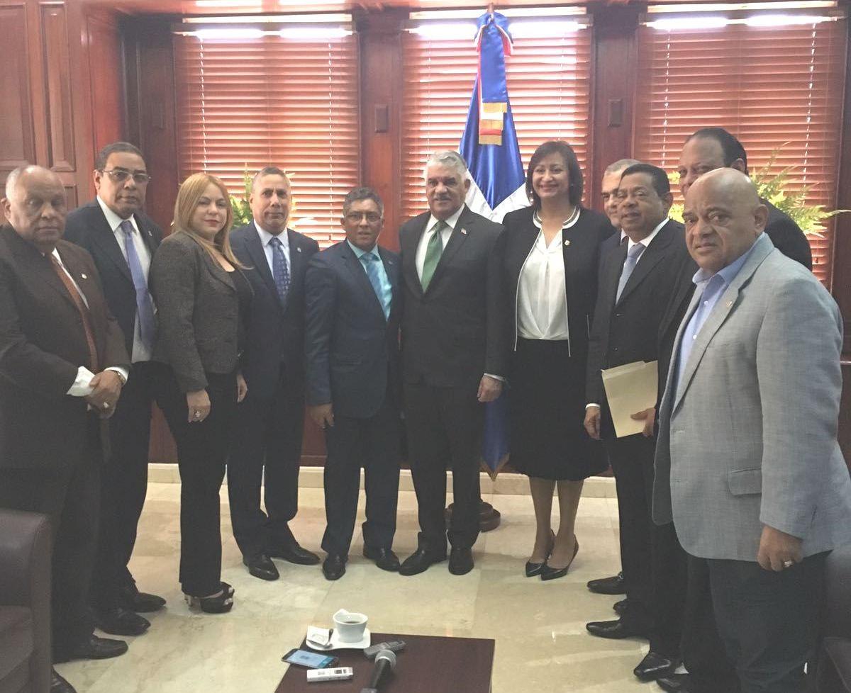 Ministerio de relaciones exteriores en rep blica for Ministerio de relaciones interiores espana