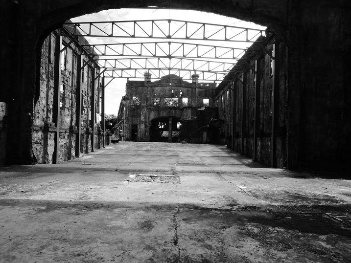 Cine Corregidor ruins