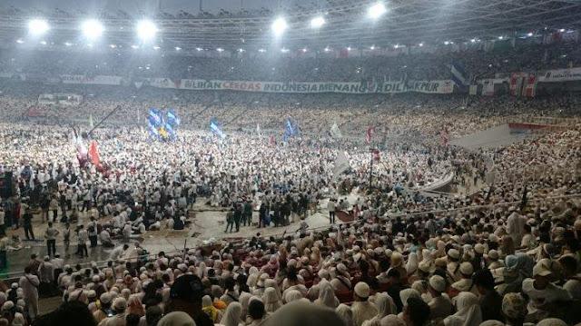 Prabowo Singgung 'People Power' Amien Rais di Kampanye Akbar: Lo Berani Enggak?