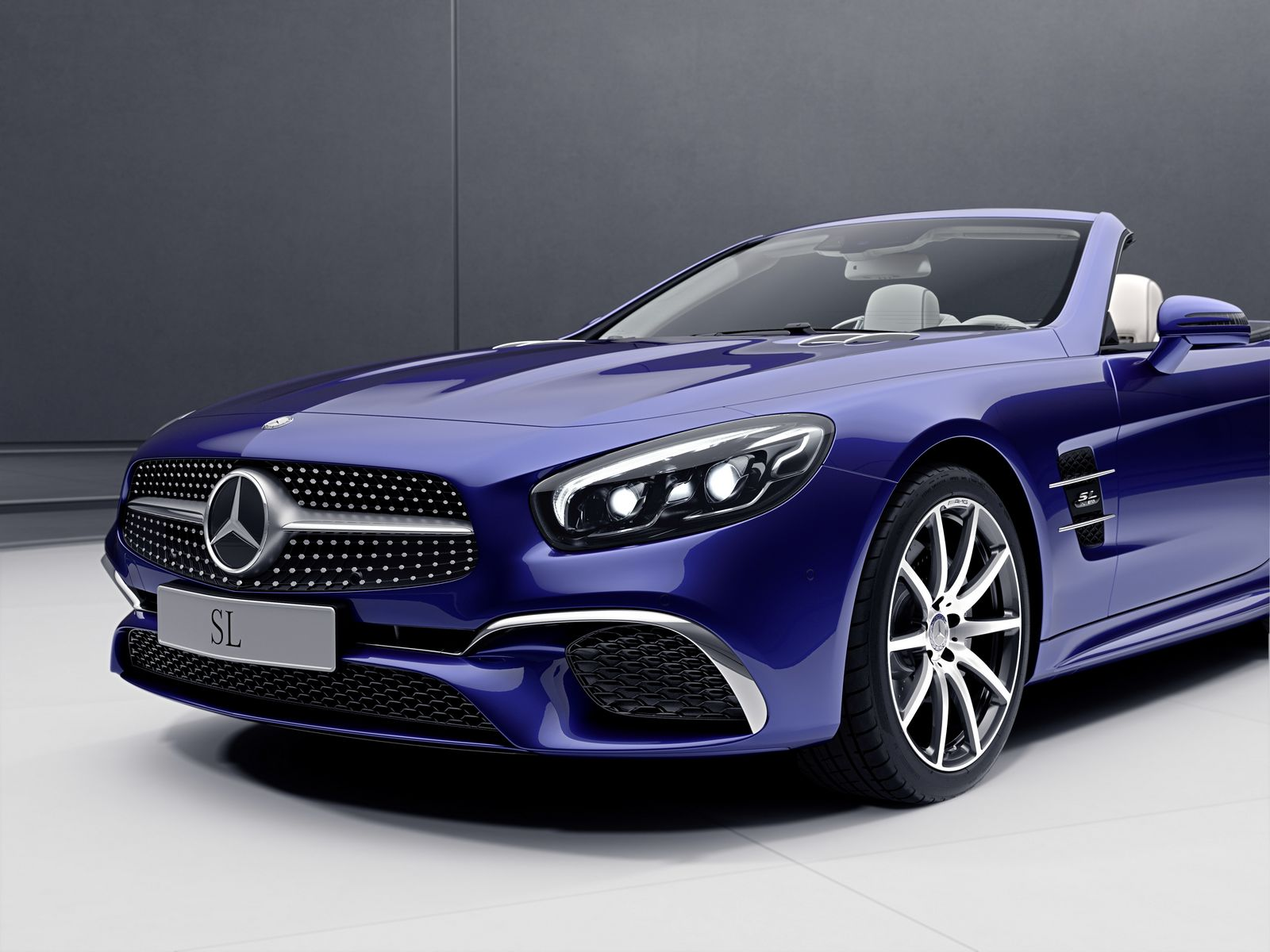 Mercedes benz sl and slc get special designo and redart for Mercedes benz sl550