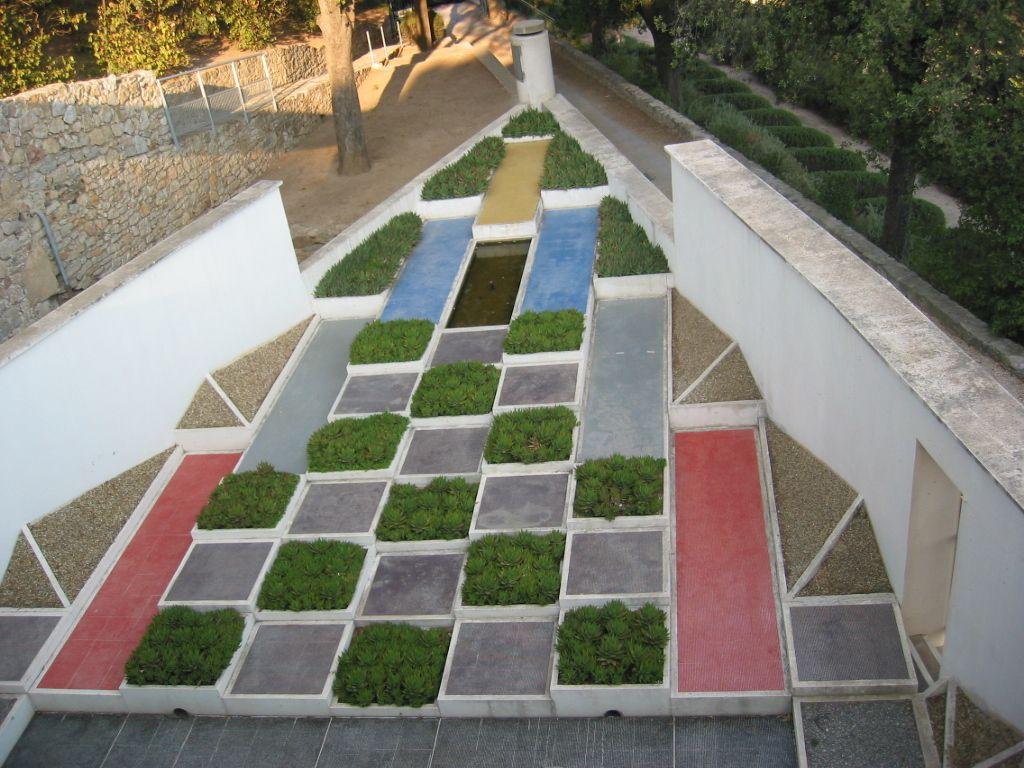 Arts Plastiques Lycée Costebelle: Espèces d\'espaces