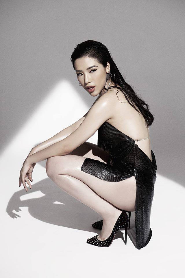 Top 25 Hoa hậu siêu Quốc gia Khánh Phương khoe đường cong hình chữ S trong bộ ảnh mới - Ảnh 5