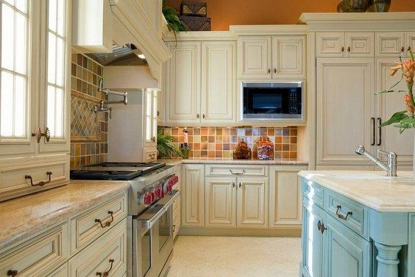 √√ Annie Sloan Paint KITCHEN CABINETS | Kitchen Design Ideas