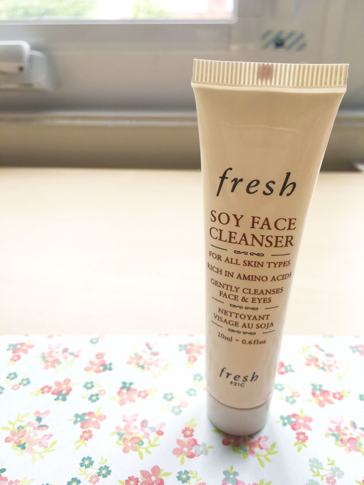 Fresh Soy Face Cleanser | Akinokiki