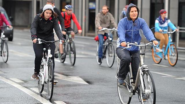 Belçika'nın Başkenti Brüksel'de Her Sene Arabasız Gün Etkinliği - Kurgu Gücü