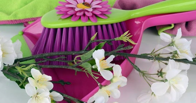 6 Domestic Chores that Make us Fantastic Cleaners