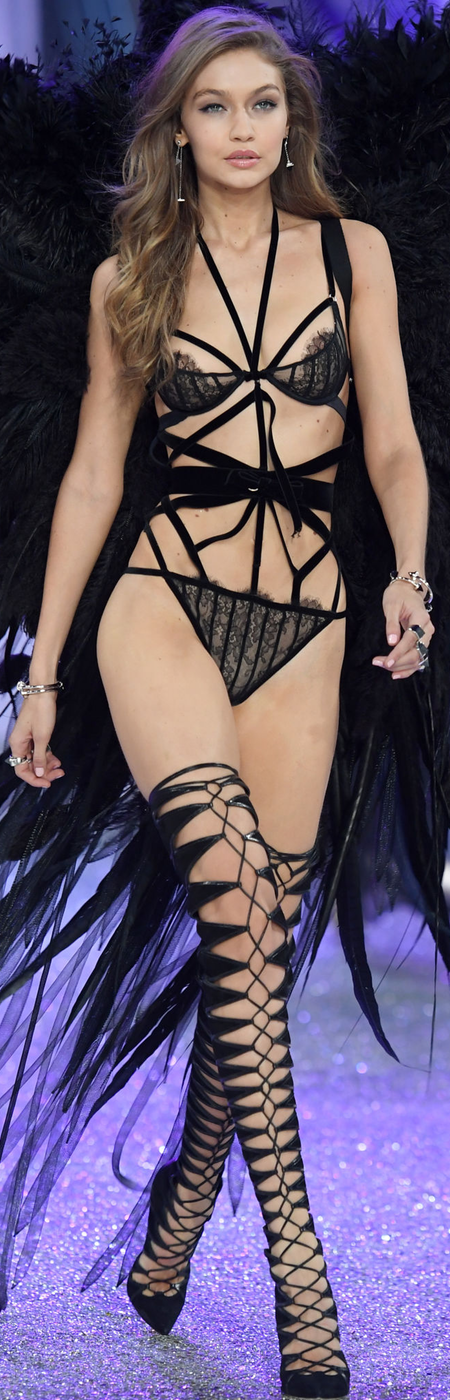 Gigi Hadid 2016 Victoria's Secret Fashion Show