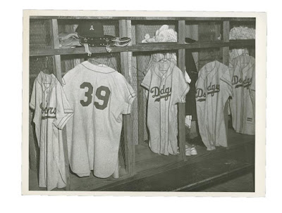 Blog Kiosk: 1/25/2016 – Dodgers Links – Press Conference, Quakes New Logo and an Mysterious Vintage Cap