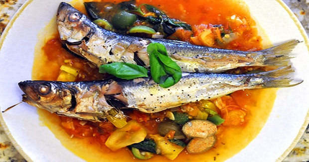 Fresh Sardines With Heirloom Tomato Sauce Recipe