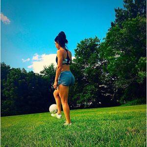 foto jonelle filiqno pemain bola wanita seksi