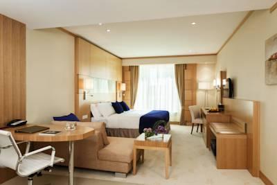 فندق وارويك دبي