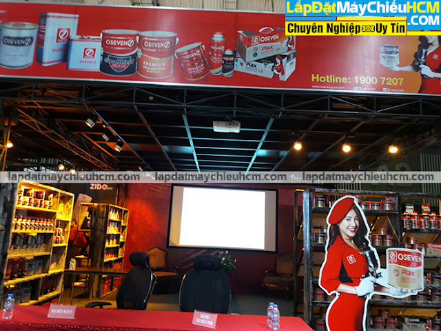 Lắp đặt máy chiếu cho gian hàng hội chợ triển lãm tại TpHCM