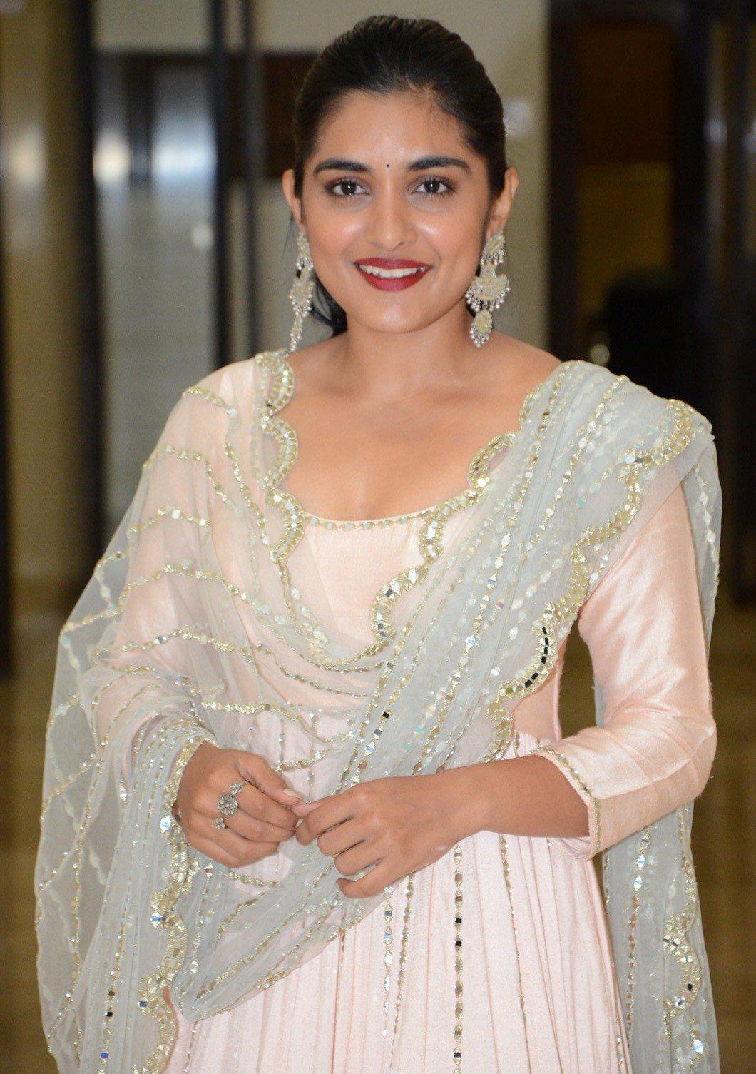 Bollywood Actress NivethaThomas HotPhotos MakeUp BeautyTips Fashion WallPapers Biography Wikipedia MoviesList VideoSongs Photoshoots