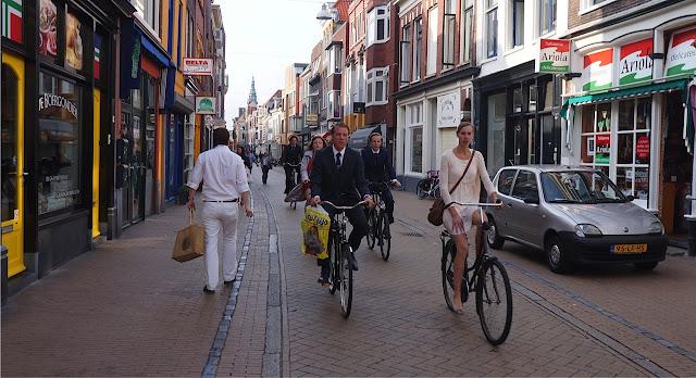 andando de bicicleta na europa
