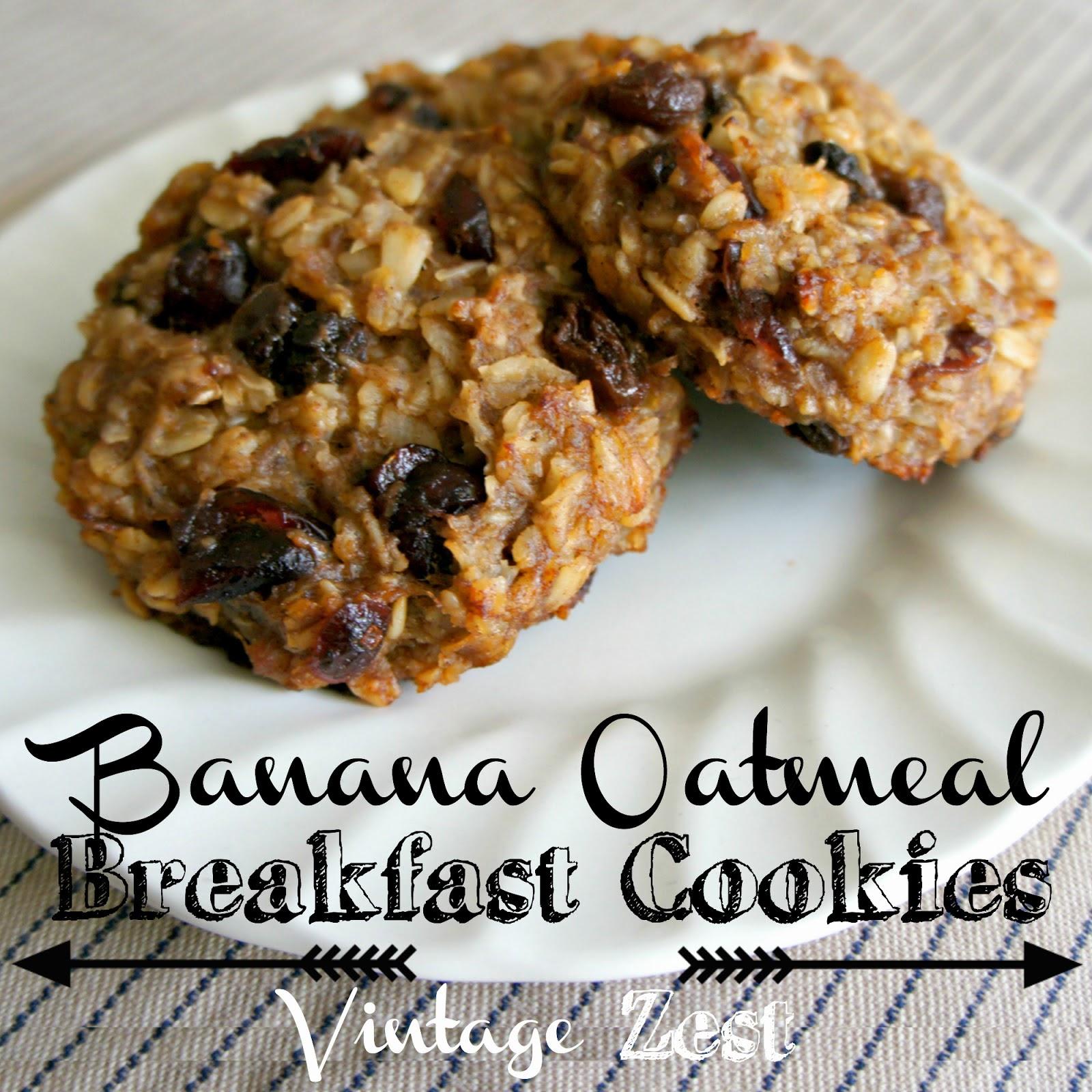 http://www.vintagezest.com/2013/06/favorite-breakfast-4-banana-oatmeal.html
