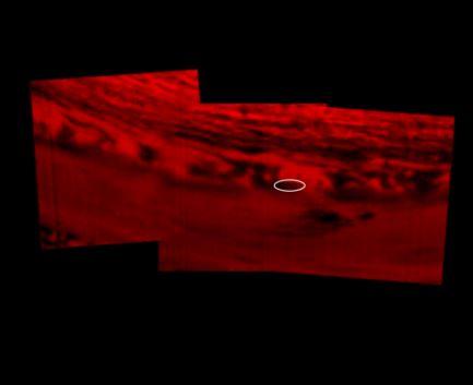 as nuvens de Saturno em infravermelho