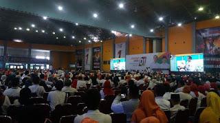 Presiden Jokowi bersilaturahmi dengan warga Makassar, di Celebes Convention Centre Makassar, Sabtu (22/12/2018) - Foto/TRIBUN TIMUR