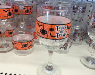 The-dollar-tree-store-holiday-drinking-glasses