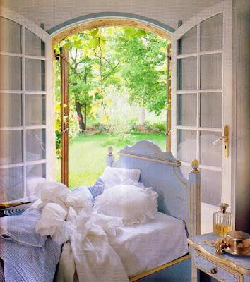 Boiserie c nuove camere da letto ispirate ai sogni for Camere da letto stile provenzale
