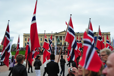 Happy 204th Norwegian national day. Second the constitution of the United States of America, the Constitution of Norway was originally adopted on 16th May 1814 and subsequently signed on 17th May 1814 by the Norwegian Constituent Assembly at Eidsvoll.  'Gratulerer med dagen'  #17may