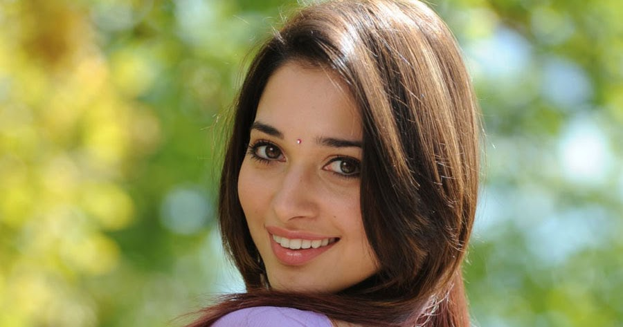 Tamanna Back: Bolly Break News Latters: Tamanna Bhatia In Purple