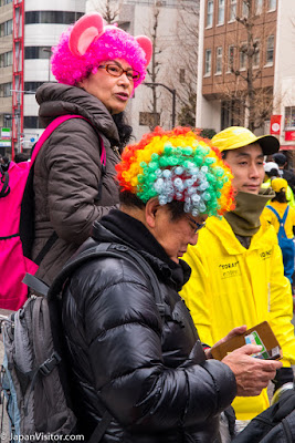 Supporters at the Tokyo Marathon 2018, Asakusabashi, Tokyo, Japan.