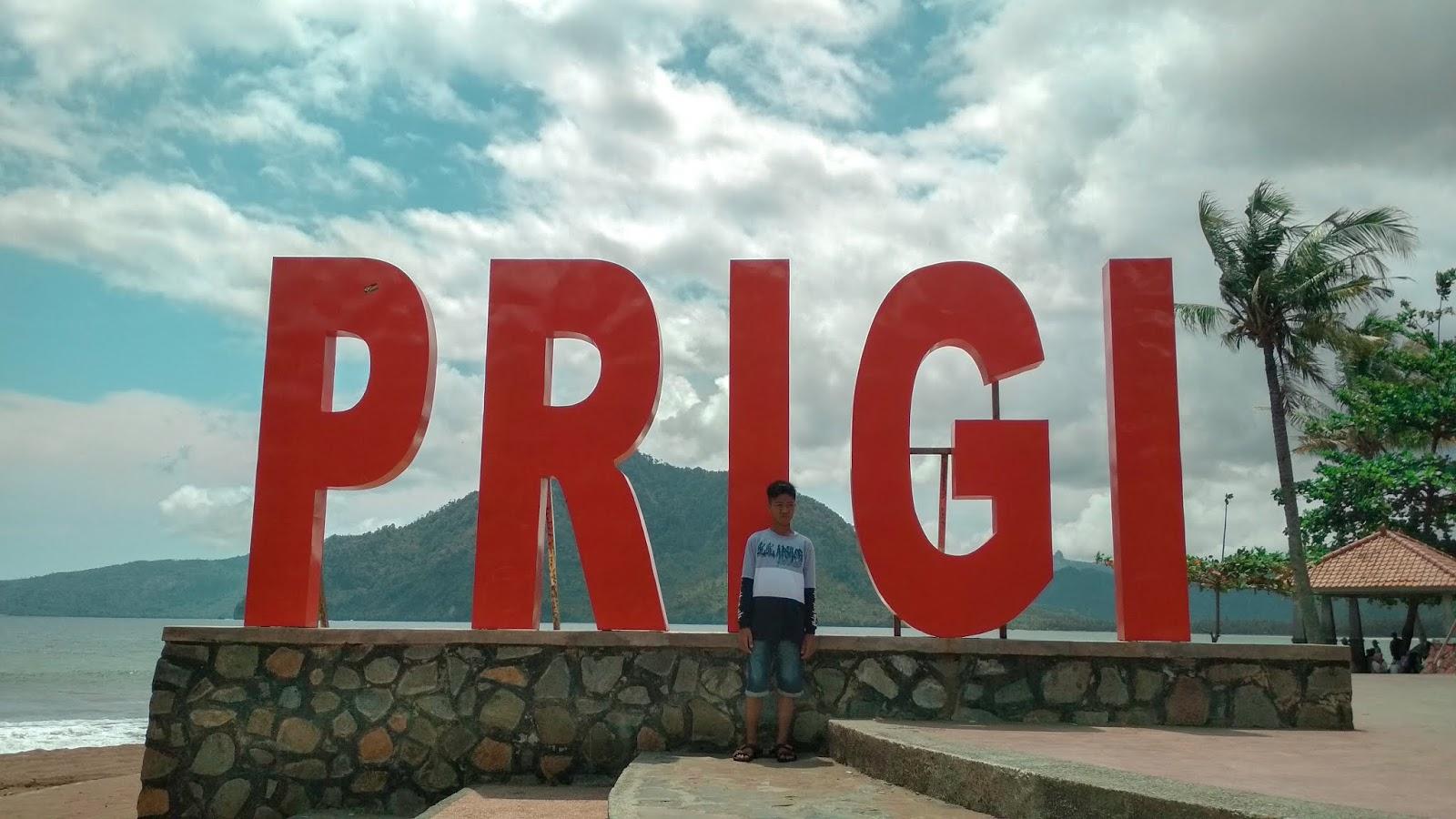 Pantai Prigi Trenggalek Jawa Timur