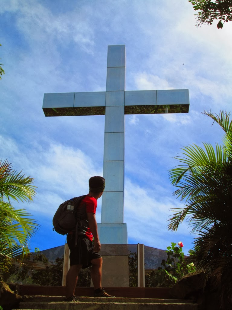 Adventures of manong unyol minalungao national park gen tinio the cross but according to bps lead only 947 steps and we witnessed the splendid view of nueva ecija and also the sierra madre range at the view deck stopboris Images