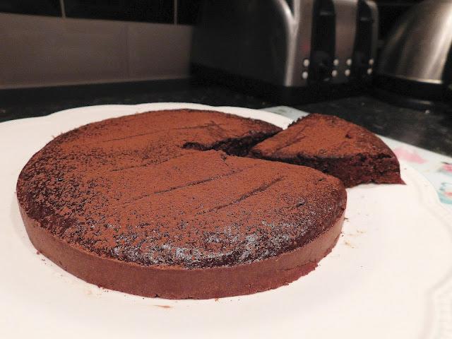 multipower protein dark chocolate and vanilla cake