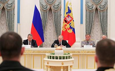 Vladimir Putin, Sergei Shoigu.