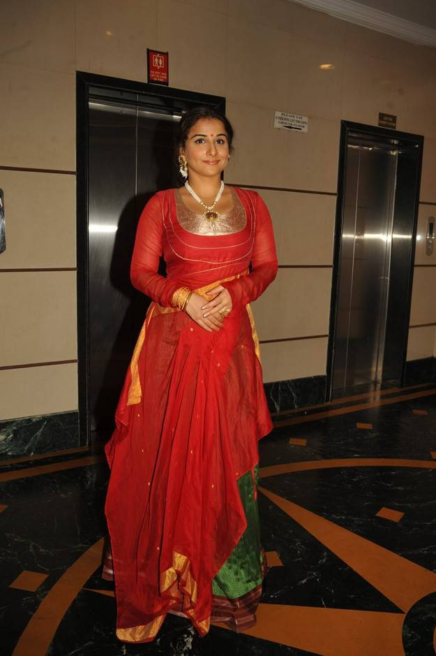 Vidya Balan Unseen Stills In Red Dress