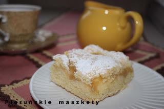 http://pierunskiemaszkety.blogspot.com/2015/10/szarlotka-w-wersji-tredycyjnej.html