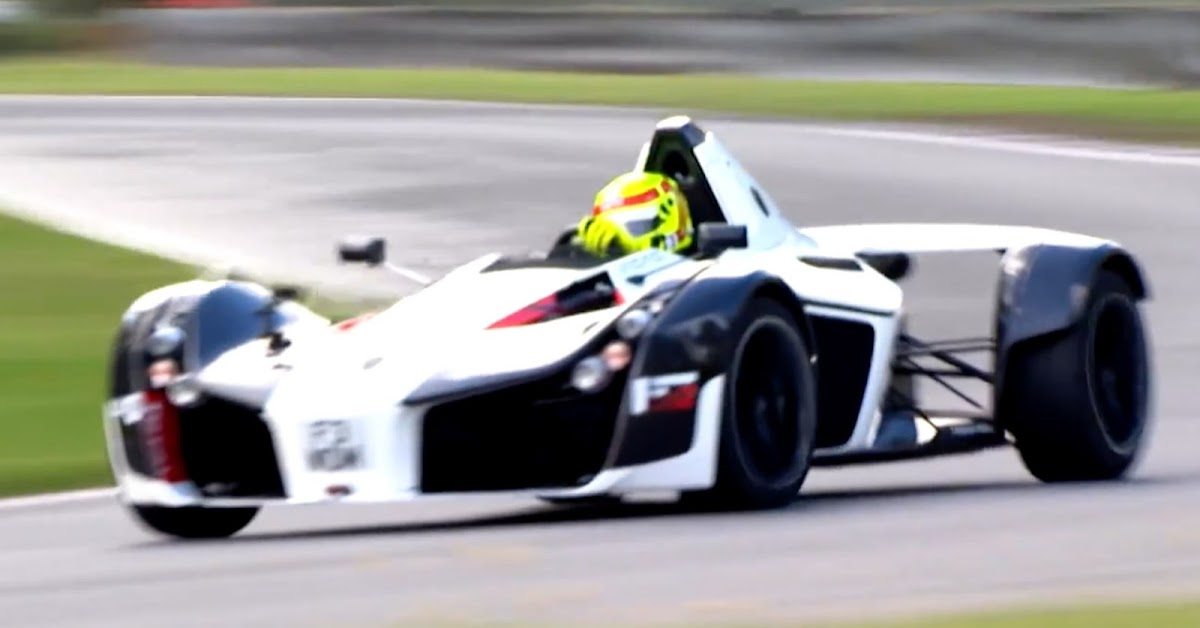 watch the bac mono set a new lap record on a damp track. Black Bedroom Furniture Sets. Home Design Ideas