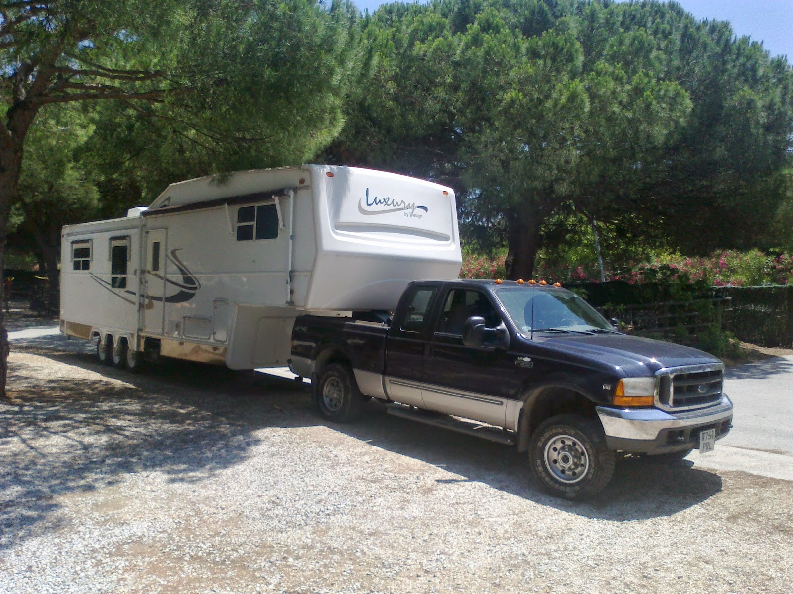 Towing a 5th wheel trailer in Europe