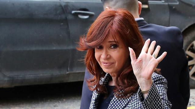 Piden juicio oral para Cristina Kirchner y sus hijos por lavado de dinero