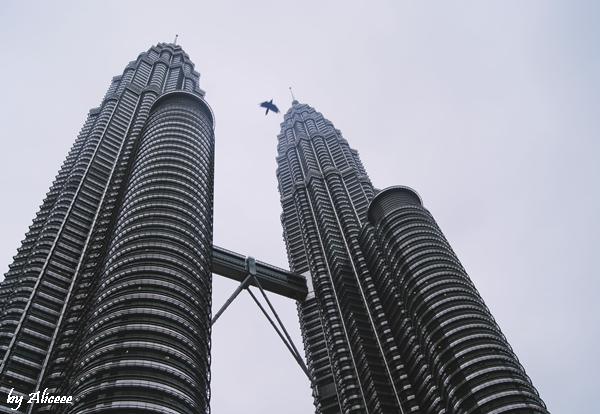 Petronas-Towers-Kuala-Lampur