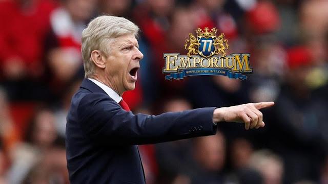 Huddersfield Diperkirakan Akan Mempersulit Laju Arsenal.