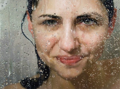 Pintura hiperrealista con gotas en un vidrio