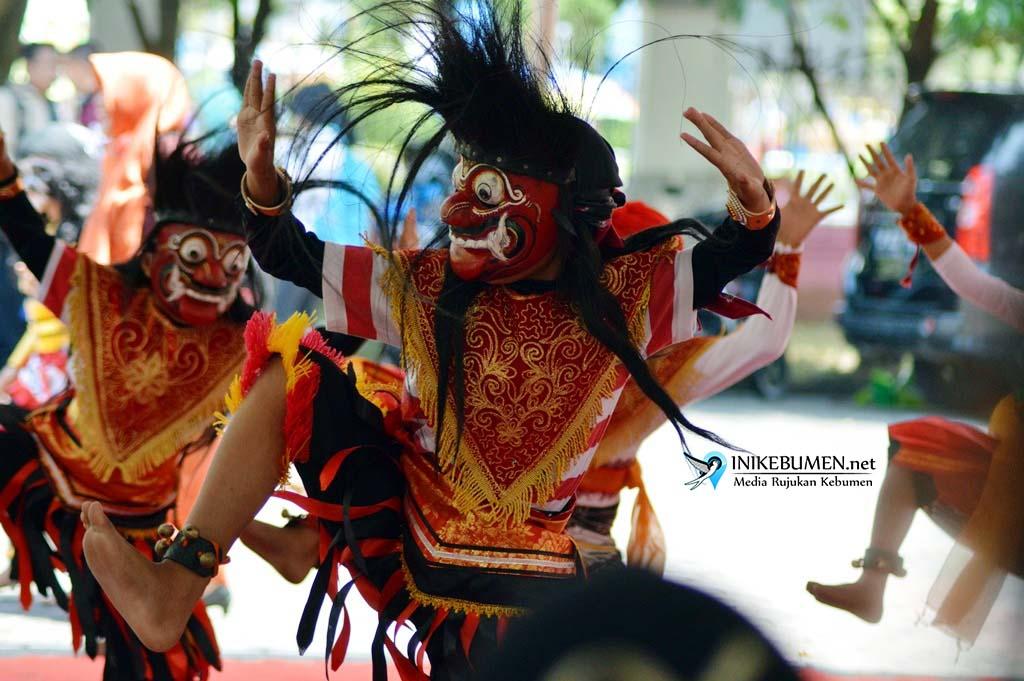 Wakil UPT Disdik Sruweng Raih Juara I Festival Cepetan