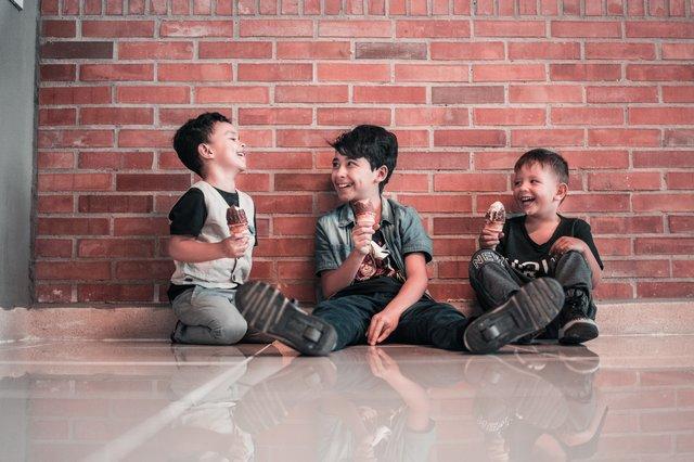Definisi Humor, dan Humor Pada Bayi dan Balita