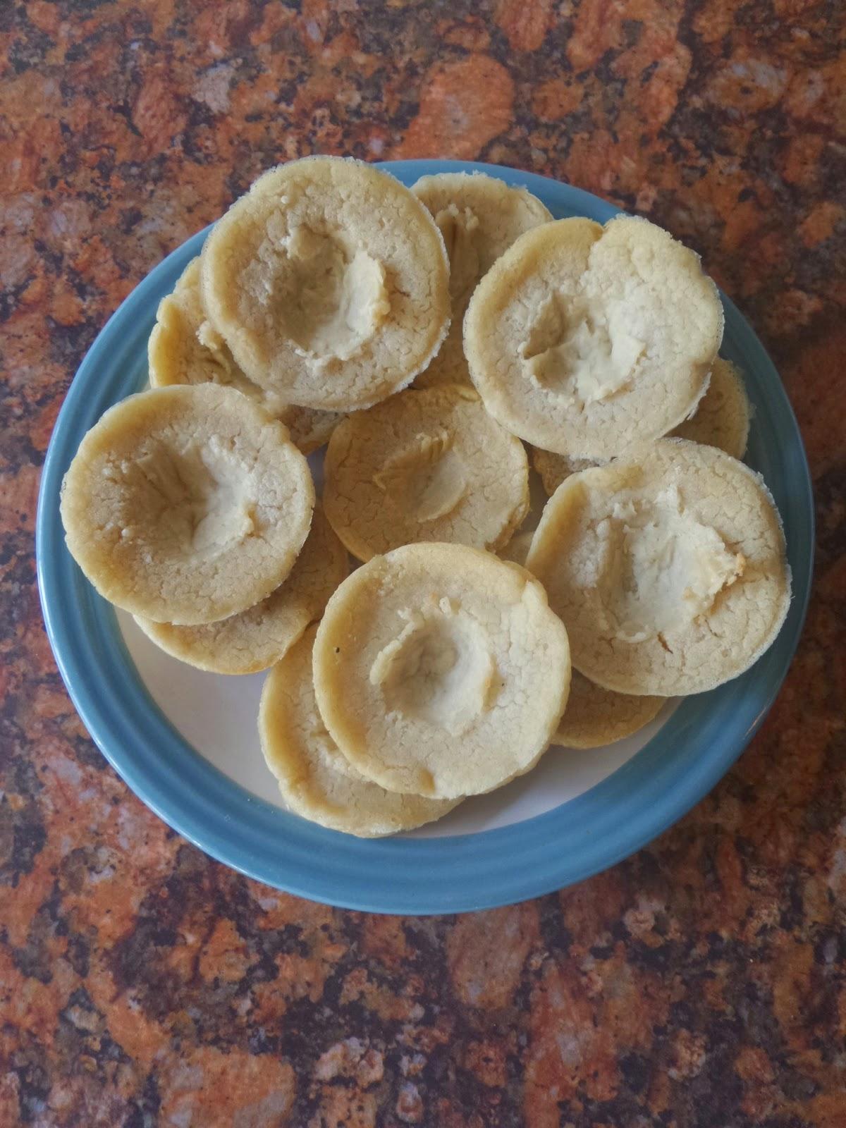 Rubbery pancake cups