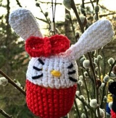 http://www.crochetfox.com/wp-content/uploads/Hello-Kitty-Bunny1.pdf