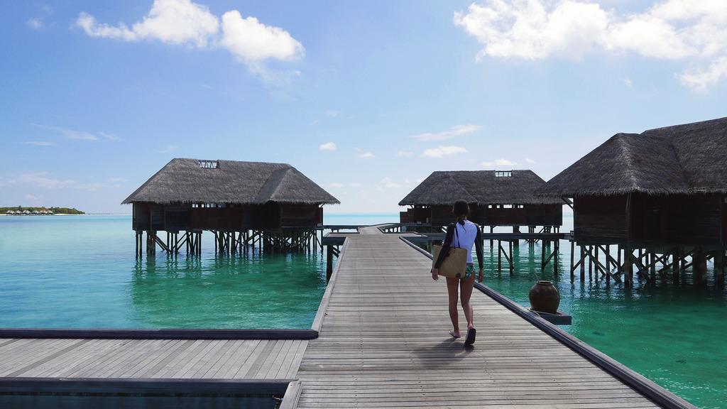 Euriental | fashion & luxury travel | overwater villa at Conrad Maldives Rangali Island